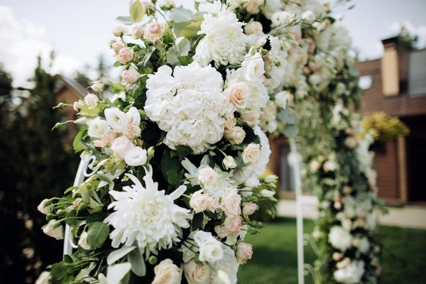 Wedding Arches and Backdrops Field Gate Flowers 10