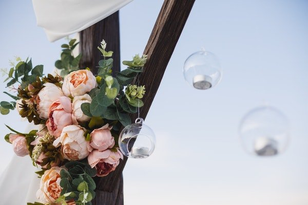 Wedding Flower Arches and Backdrops Field Gate Flowers 11